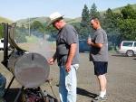 Arlen-&-Tim-grilling-burgers